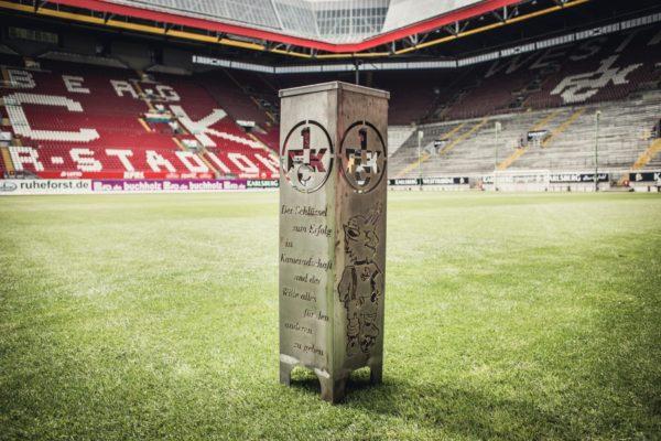 FCK Feuersäule Modell Tradition vor der Westkurve