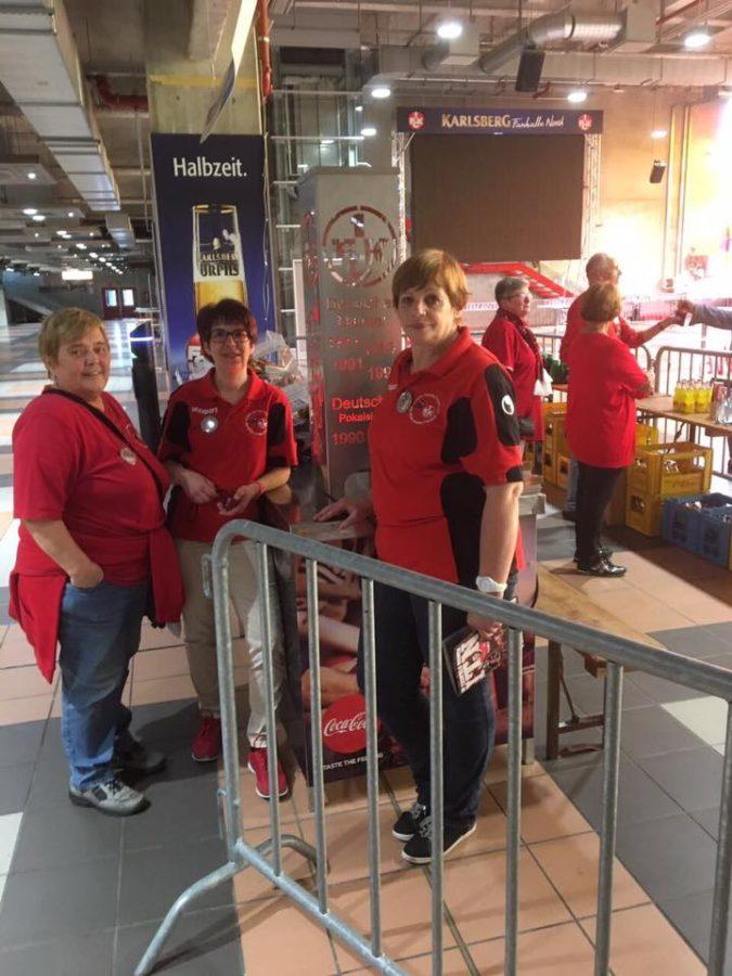 Autogrammstunde für FCK-Fans mit Handicap